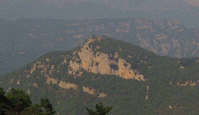 Ascensión la Tossa d'Espinau (1089 m.) y el Mont (1124 m.)