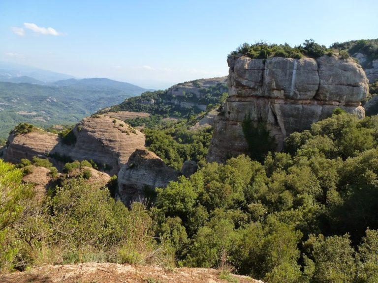 Sant Llorenç Savall, Montcau (1060 m), la Mola (1104 m)