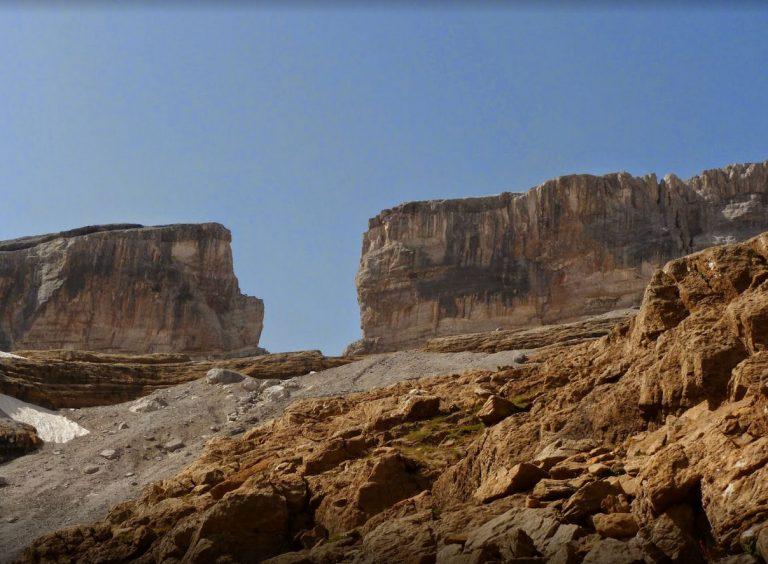 Coll de Tentes, Brecha de Rolando (2820 m.)