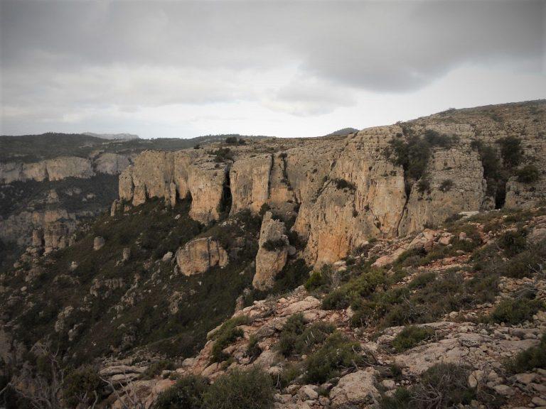 Serra de Llaberia. Pratdip, cresta de la Seda, Mont-redon, Cavall Bernat, Pratdip