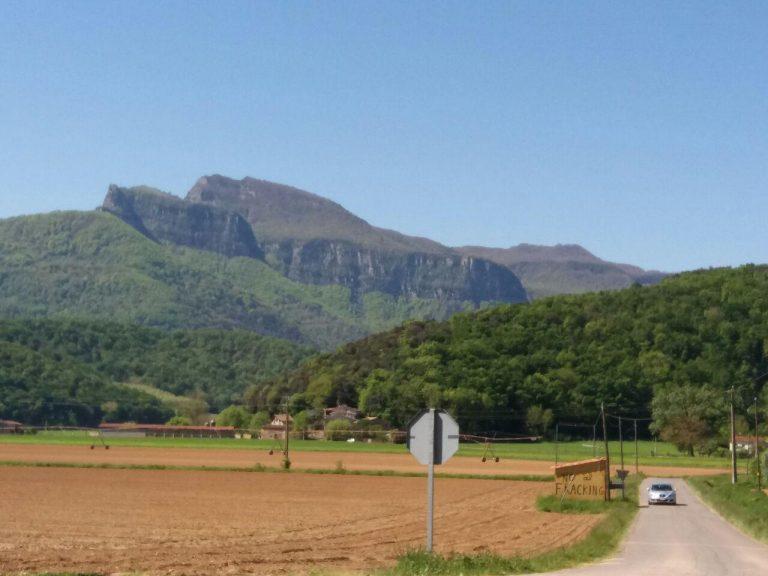 Rodando por la zona volcánica (5). Olot y la vall d'en Bas en Btt