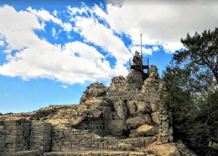 Vallfogona de Ripollés, Torrent de la Masica, Castell del Milany