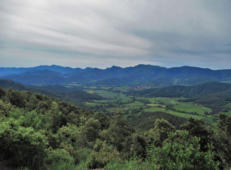 Santa Pau, Coll de Boixeres, Sant Abdò, Coll de Palomeres, Bosquet Vell