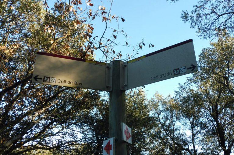Sant Feliu de Pallerols, sender del Pla de la Barraca, Sobremont, Coll Sesarques, Pla de la Miranda, Via Verda