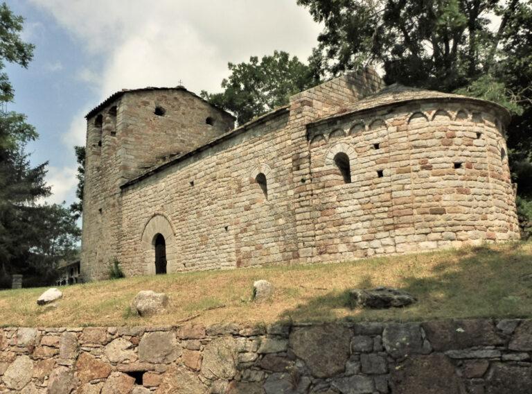 Ogassa, Sender dels Castellets, Sant Martí Surroca, Puig de la Caritat, Sender de la Caritat