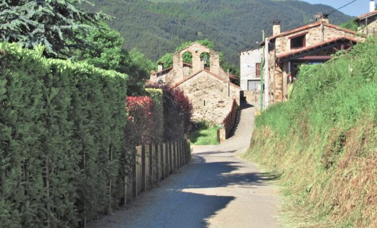 Serra de Montroig. Abella, Puig d'en Bullici (1911) , Puig de Montroig (1991)